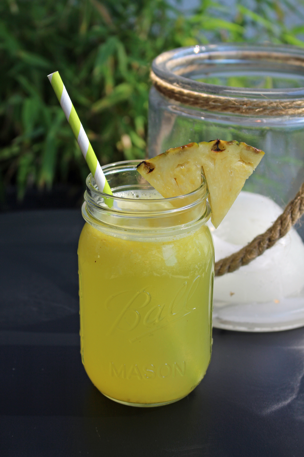 Ananas-Kurkuma-Limonade