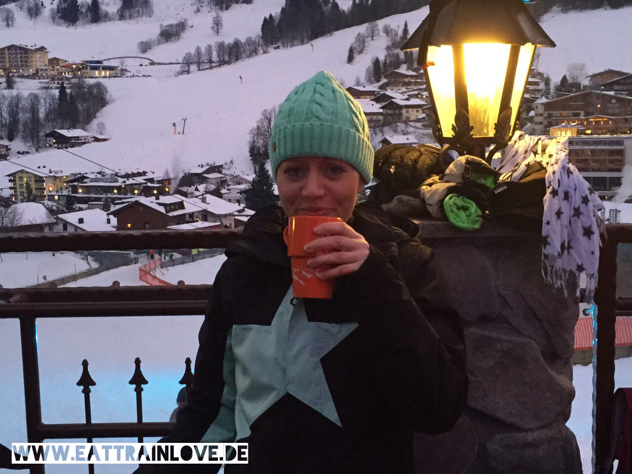 Apres-Ski-im-Goaßstall