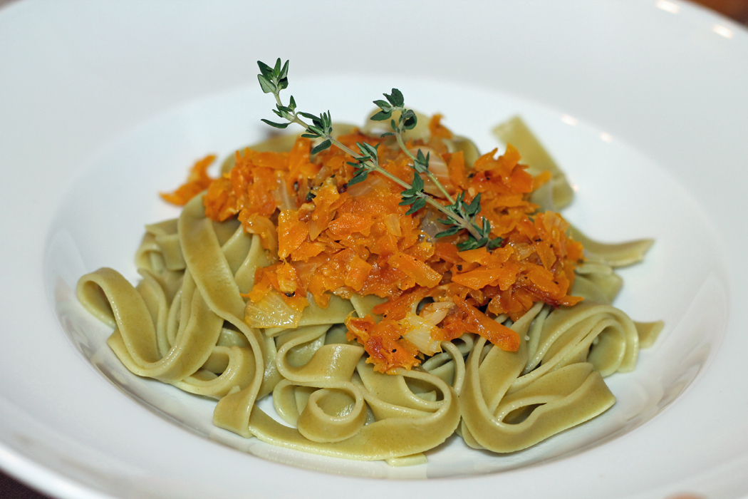 Bandnudeln mit Kürbis-Parmesan-Sauce