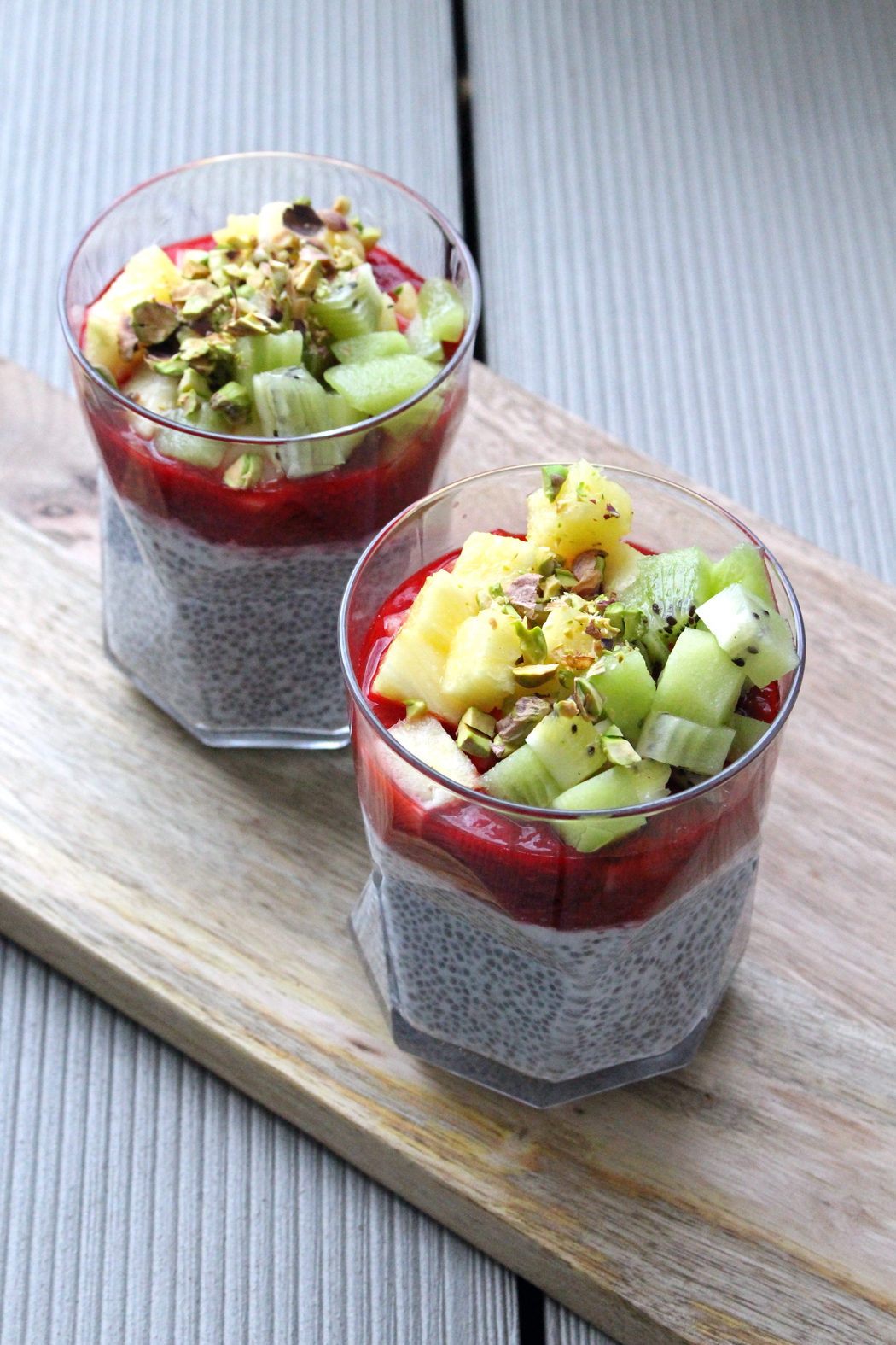 Chia-Pudding mit Himbeersauce3
