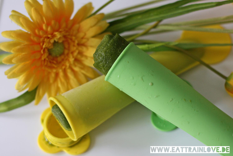 Green-Smoothie-Wassereis