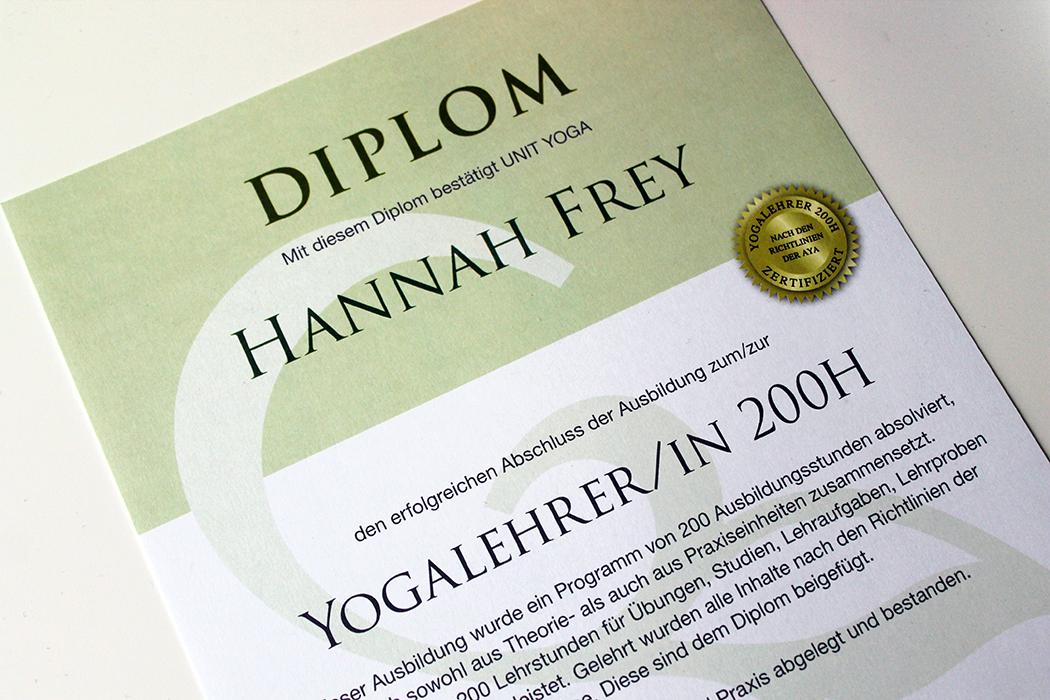 Hannah Frey Unit Yoga