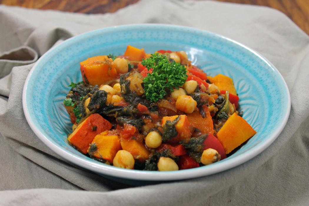Herbstliches Kürbis-Curry mit Kichererbsen und Spinat1