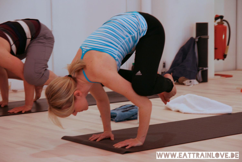 Kristin-Yoga-Bakasana
