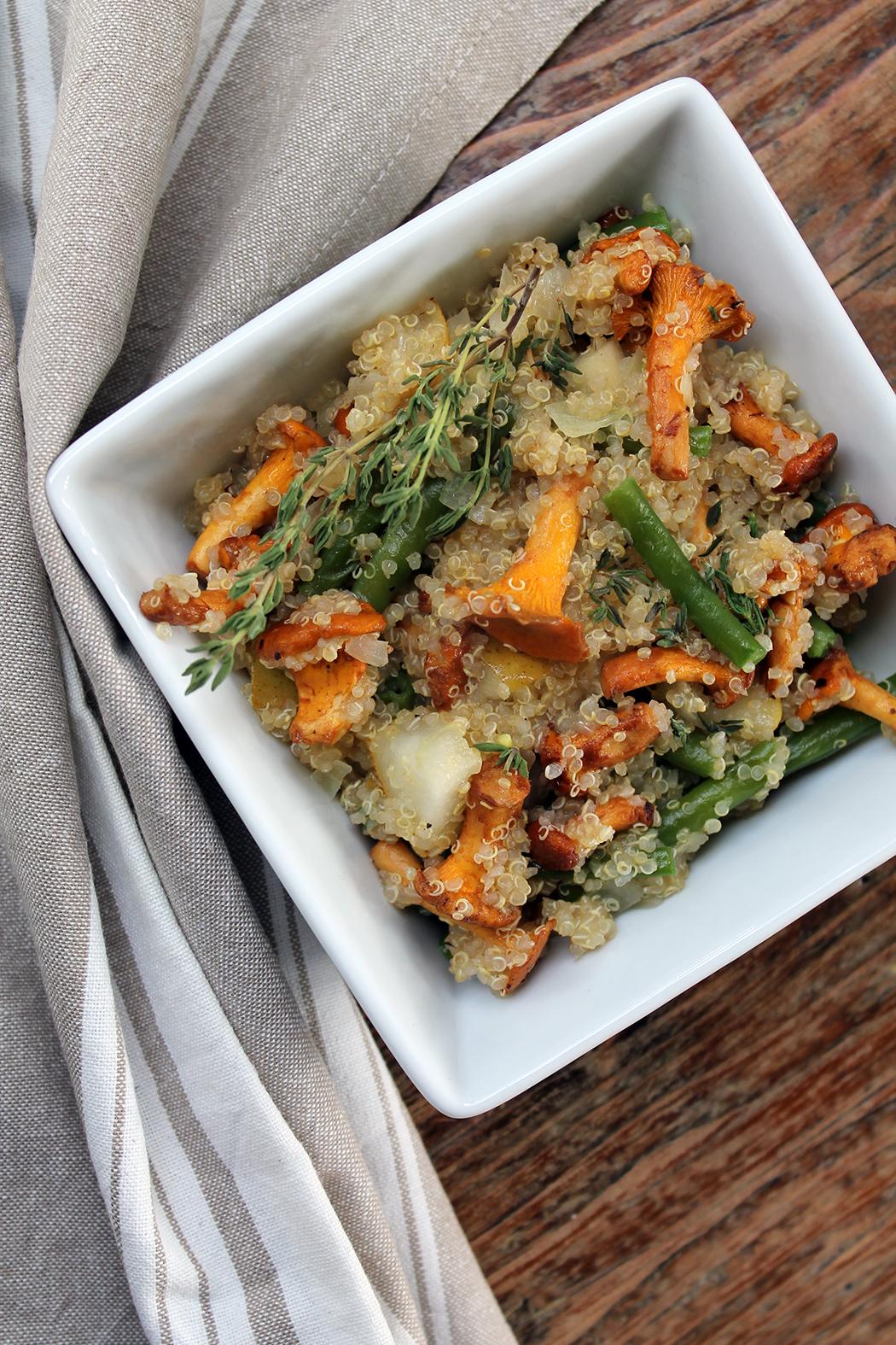 Quinoa Pfanne mit Pfifferlingen und Bohnen