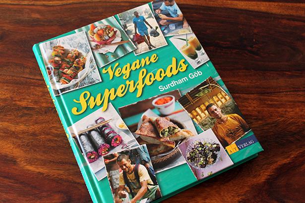 Vegane_Superfoods_Buch2